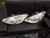 Peugeot 1007 headlights