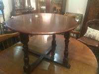 Nice Antique Solid Oak Small Round Coffee Side Table