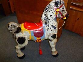 Vintage mobo 1950's metal horse