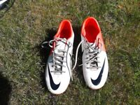 Nike football boots £15, size 8.5
