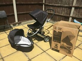 Mamas And Papas Zoom 3 Piece bundle Travel System including Car Seat