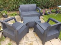 As new rattan effect patio set
