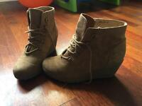 New look wedge boots size 4