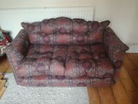 Small sized pull out sofa