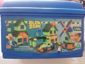 """Blok Zone"" Lego set"