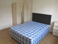 N. SINGLE ROOM WITH A DBL BED IN FLAT*ALL INCLUSIVE*BRICK LANE*ZONE 1*LIVING ROOM*FIRST WEEK FREE