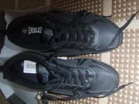 everlast mens size 8 trainers in black brand new in box size 8 £12.50 no offers