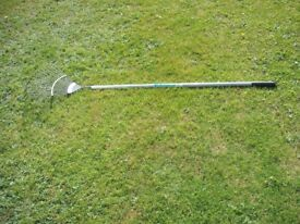 WICKES QUALITY STRONG CARBON STEEL WIDE LAWN RAKE - AS NEW.