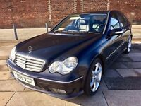 2005 MERCEDES C CLASS SPORT DIESEL ++ ALLOYS ++ LEATHER ++ CD ++ NOVEMBER MOT.