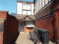 Watford junction large 1 bed studio appartment