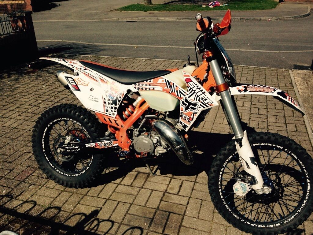 ktm 125 exc sixdays road legal enduro in bridgend gumtree. Black Bedroom Furniture Sets. Home Design Ideas