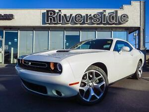 2015 Dodge Challenger SXT Plus w/Back Up Camera!