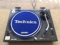 1 X Technics SL-1210 Mk2 Turntable With Original Lid & Technics Needle