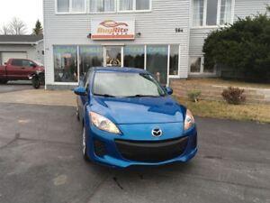 2012 Mazda MAZDA3 GX ONLY 93, 000 KMS