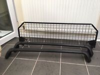 Roof bars and dog guard (Renault)