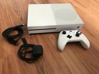 Xbox One S 500gb w/Minecraft games installed