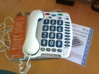 Geemarc CL100 multifunction telephone with large keypad