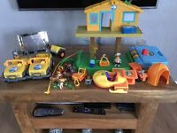 Go Diego Go tree house, figures and vehicles.