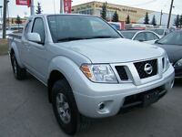 2012 Nissan Frontier PRO-4X King Cab 4x4 6SPEED/TONNEAU COVER