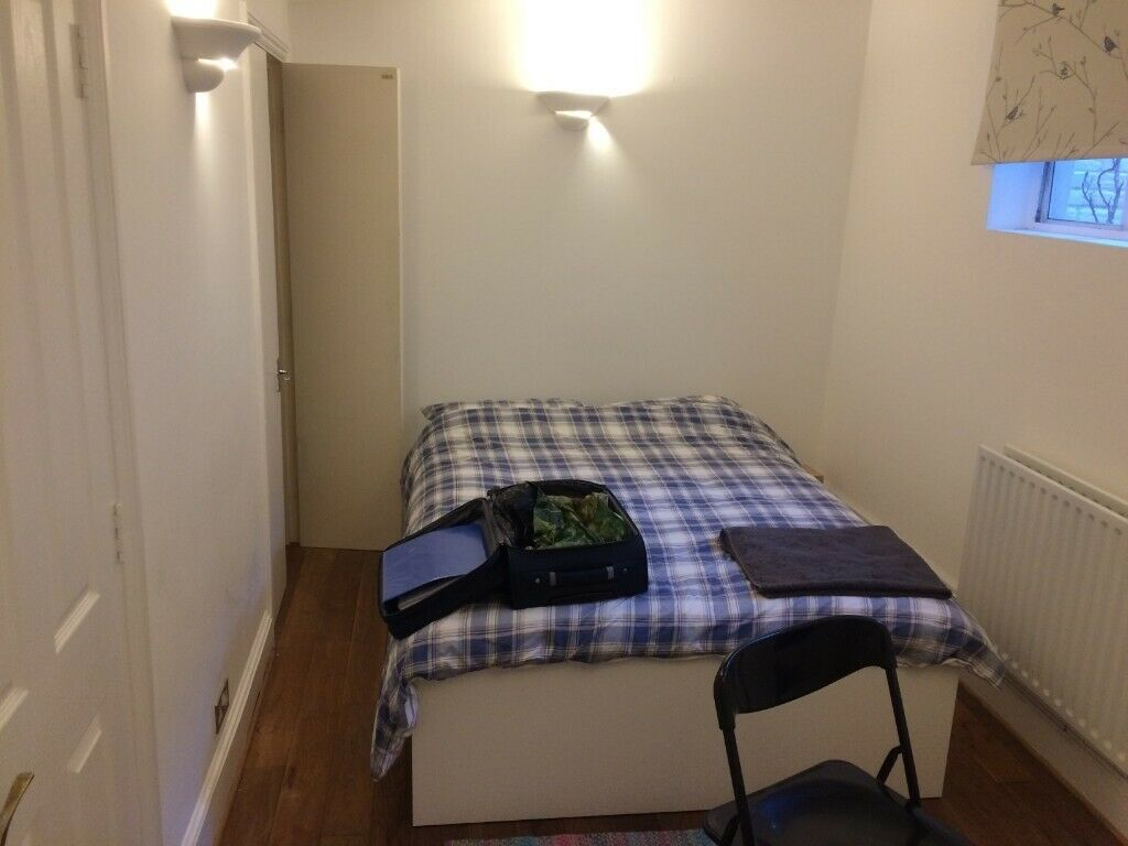 4aa22b293f2d Small Double Room With En Suite Bathroom Near Brighton University ...