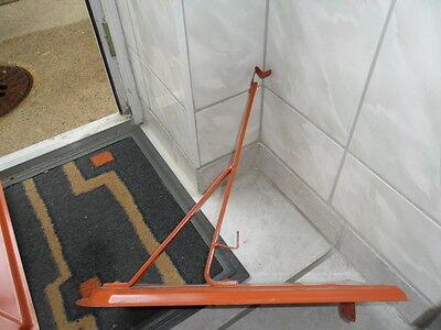Biberschneefangstütze rot beschichtet 20 cm hoch und 5cm stuhl