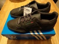 Yeexy Adidas Powerphase. Blavk. UK Size 10.5. BNIB.
