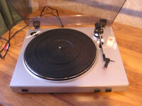 Vinal record Turntable for recording music to compuptors