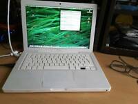 Macbook a1181 early 2008 250gb hdd, new battery