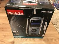 Makita DAB Radio DMR104W