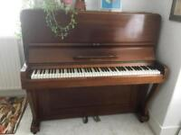 Upright piano for recycling
