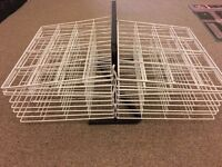 Drying rack for children's paintings, good condition total of 18 shelves,