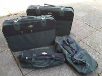2 Suitcases and 2 Holdalls for sale - v.g.c. - will sell separately