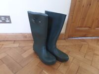 Wellies for men size 11 olive green