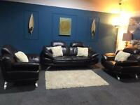 Stunning brown leather DFS suite 3 seater sofa and 2 armchairs
