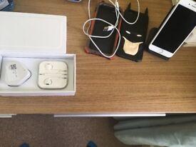 I phone 6 16Gb EE network Bundle ! Free Apple earphones