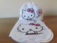 Girls Hello Kitty Hat and Scarf Set Age 3-4 - Never Worn