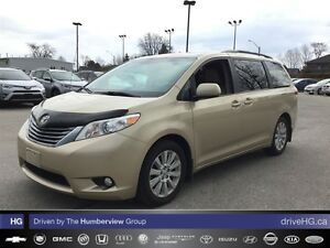 2011 Toyota Sienna XLE 7 Passenger | ONE OWNER | LOCAL |