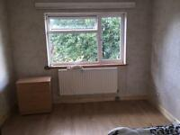 to rent £130 pw