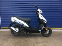 2015 LONGJIA 50cc MOPED , HPI CLEAR , VERY LOW MILES , 12 MONTHS MOT , VERY TIDY CONDITION