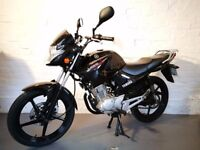 YAMAHA YBR125 BLACK 2014 LOW MILEAGE