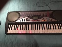 Casio lk-50 electric keyboard. Light assisted playing