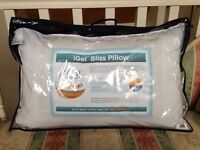 iGel Bliss Temperature Regulation Pillow New never used