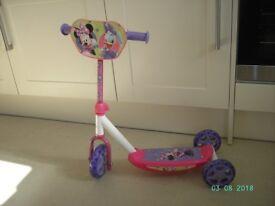 Child's Tri scooter.