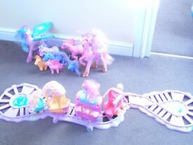 My Little Pony Friendship Express Train Set, *4 Carriages, Princess Cadence & Celestia + *6 Ponies