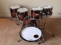 Mapex Saturn III 5 -piece drum kit