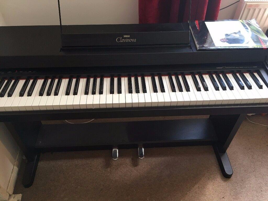 Yamaha clavinova clp 260 digital piano in bracknell for Yamaha digital piano clavinova