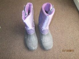 Ladies ski boots size 6
