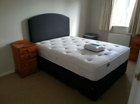 Comfortable double room available in Totton - near Southampton, Winchester and the New Forest