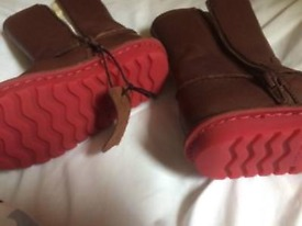 Clarks leather winter boots 9.5