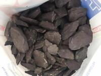 4 bags of slate chipping